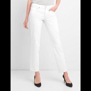 GAP Classic Straight Stretch White Denim Jean 28 L